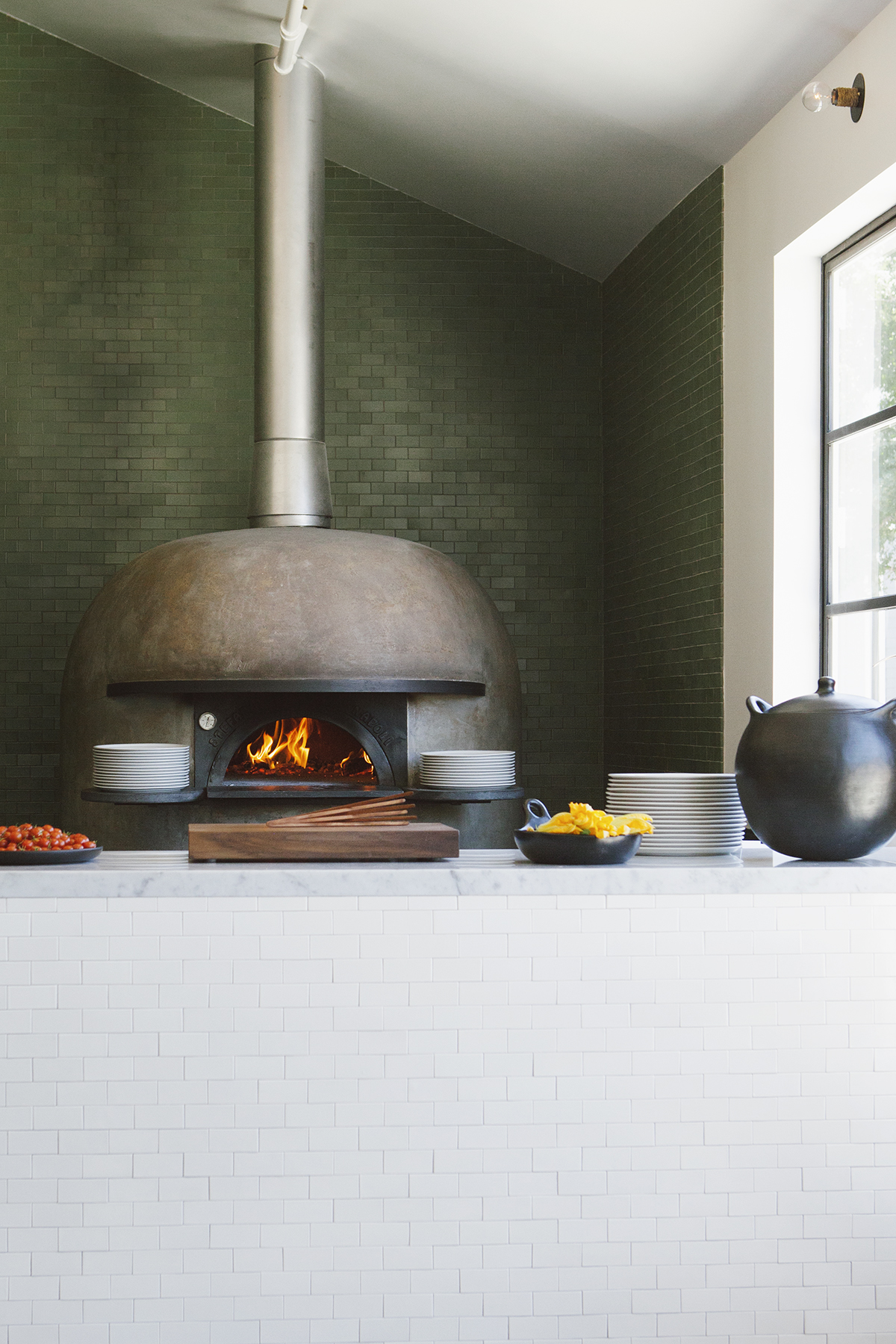 Katie Newburn | San Francisco Bay Area Food and Lifestyle Photographer | Farmshop Pizza Oven